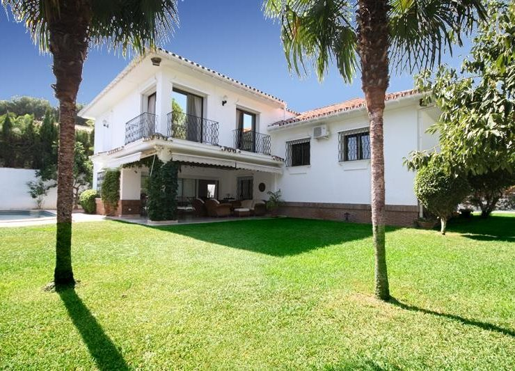 6 Bedroom Villa  in Los Monteros