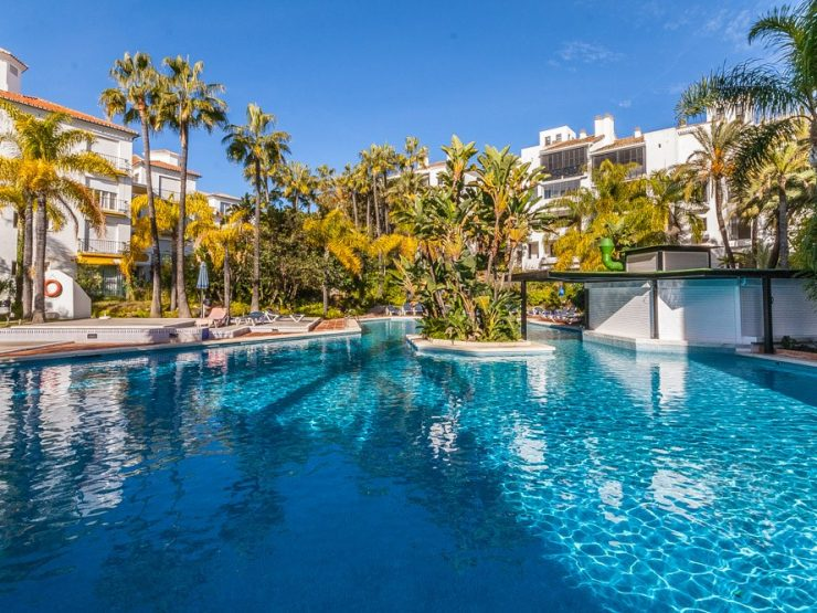 1 Bedroom Apartment  in Elviria
