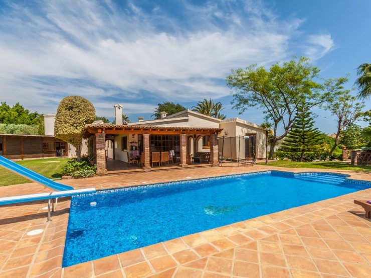 4 Bedroom Villa  in El Rosario