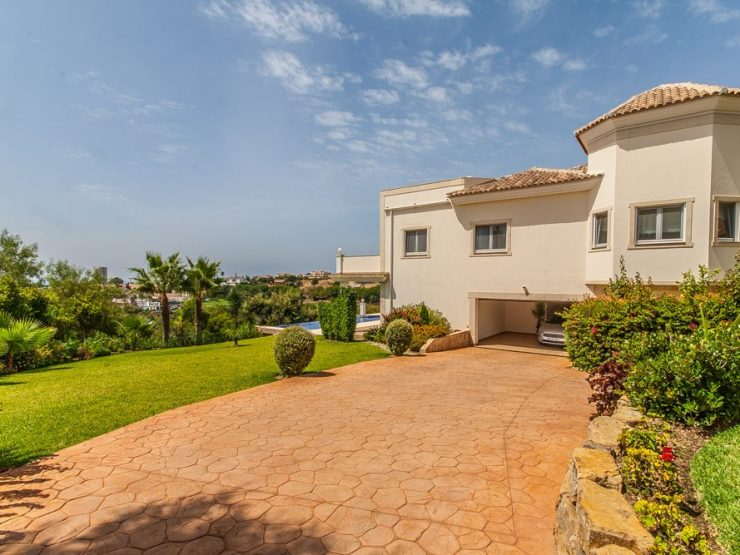 5 Bedroom Villa  in Elviria